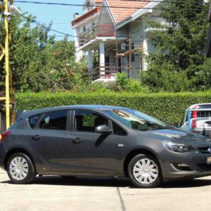 Opel Astra J 1.7CdtiBusiness 2013