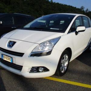 Peugeot 5008 2.0Hdi BusinessNavi N1 2013
