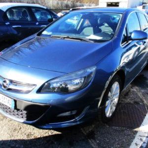 Opel Astra J 1.7CdtiCosmoLed 11.2013