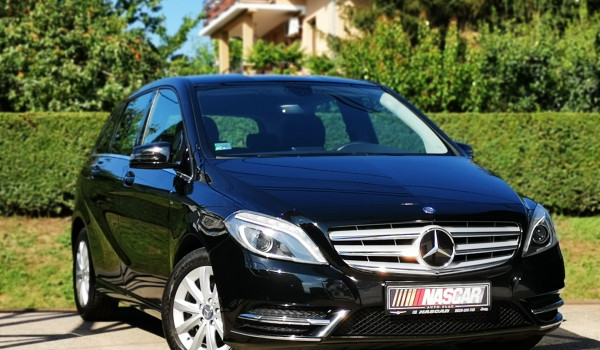 Mercedes Benz B 180 CDI Executive Xenon 2013. god.