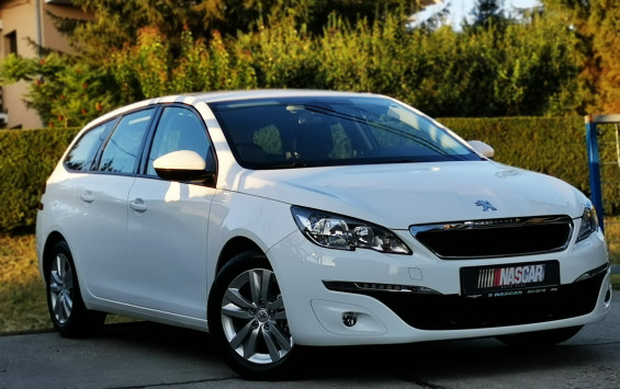 Peugeot 308 1.6eHdi BusinessLed 2015. god.