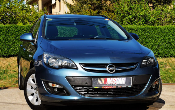 Opel Astra J 1.7Cdti BusinessNav 2014. god.