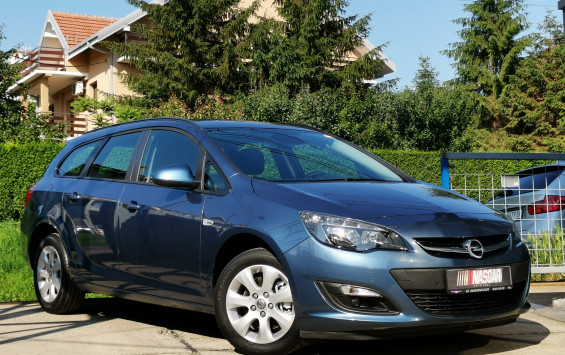 Opel Astra J 1.7Cdti BusinessLed 2015. god.
