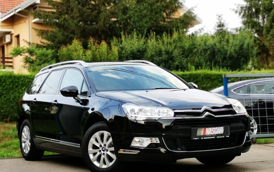 Citroen C5 1.6eHdi BusinessLed 2015. god.