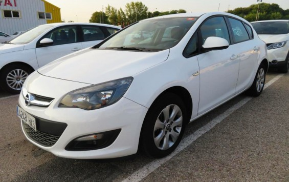 Opel Astra J 1.7Cdti Business 2014