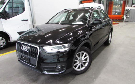 Audi Q3 2.0TdiStronicQuattCH 2014. god.